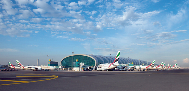 Status of of flights arriving and departure to Dubai Airports