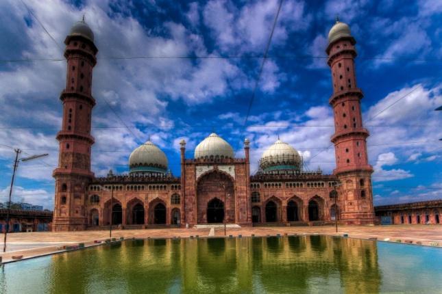 Taj ul Masajid - India