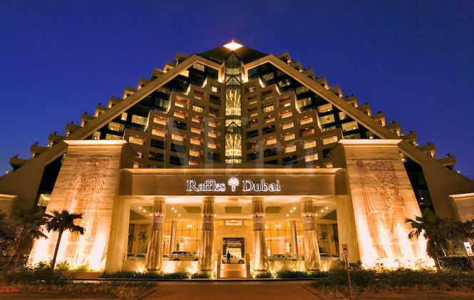 Raffles Hotel , Wafi Mall
