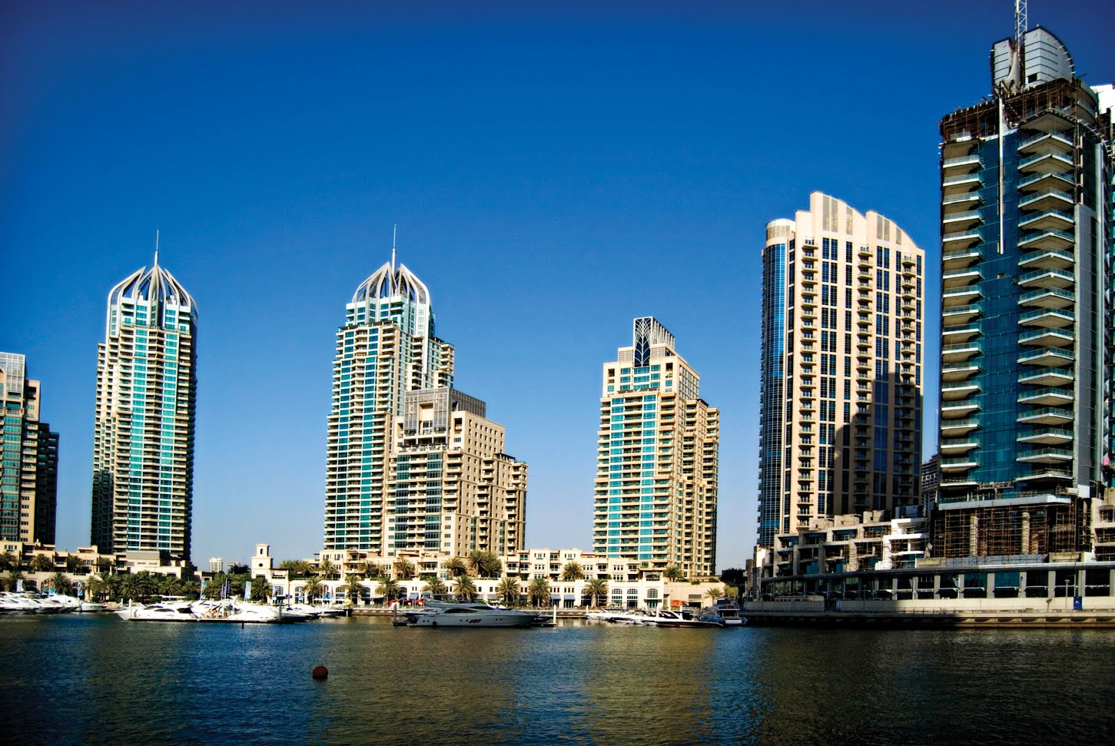 4 Tips To Help You To Sell Your Property In UAE Online